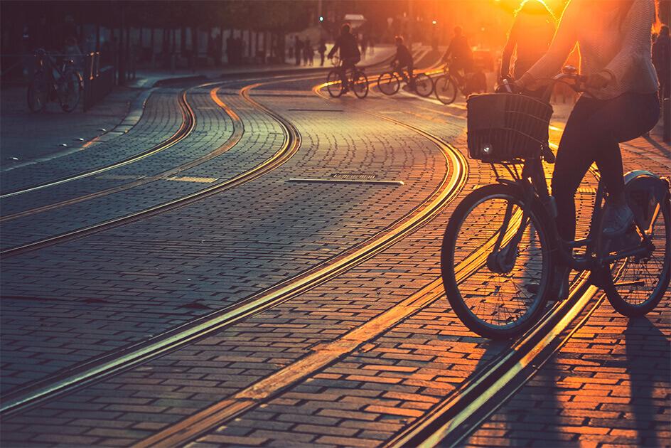 photo vélo tram Bordeaux